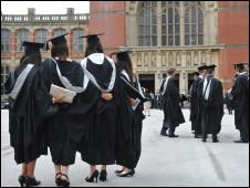 英格蘭的大學生面臨學費漲價的局面。