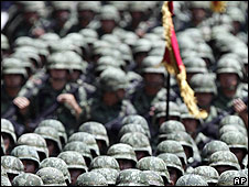 Militares en México