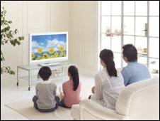 قرب اشتعال معركة السيطرة على تلفزيون الانترنت 101011091114_tv_226x170_nocredit