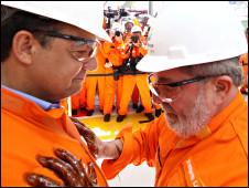 Lula e Sérgio Cabral (esq.) em inauguração de plataforma (Foto: Ricardo Stuckert/Presidência da República)