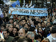 Argentinos homenajean a Néstor Kirchner