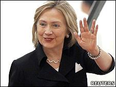 美国国务卿希拉里·克林顿抵达越南河内(30/10/2010)