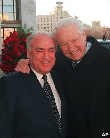 Борис Ельцин и Виктор Черномырдин (1997 год)