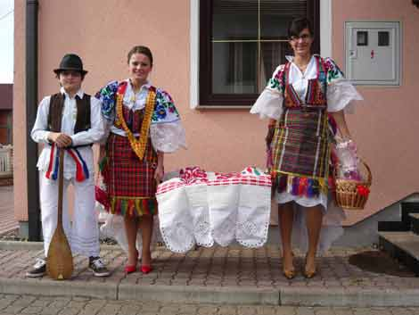 Bosnia,wedding,celebration