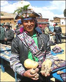 Participantes del concurso de recetas con cultivos tradicionales andinos Foto: cortesía FAO