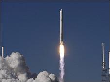 نجاح أول رحلة لسفينة فضاء تجارية