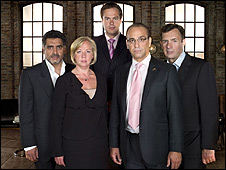 Miembros del jurado del programa de televisión británica Dragons Den
