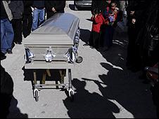 Una tumba en Juárez