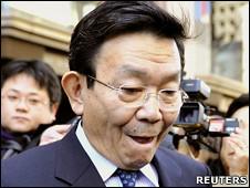 原「奮起日本」黨國會議員與謝野馨(13/1/2011)
