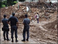 Nova Friburgo, neste sábado (Foto: Rafael Spuldar/BBC Brasil)