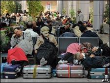 开罗机场滞留旅客(29/01/2011)