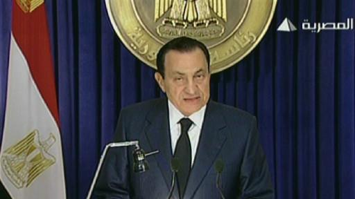 مبارك لن يترشح لولاية رئاسية جديدة 110201213719_president_hosni_mubarak__512x288_afp_nocredit