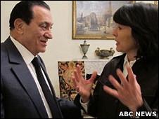 埃及总统穆巴拉克接受ABC记者阿曼普尔专访(ABC提供图片3/2/2011)