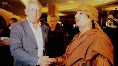 Gaddafi akiwa na mwandishi wa habari wa BBC