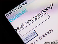 Twitter en un teléfono celular