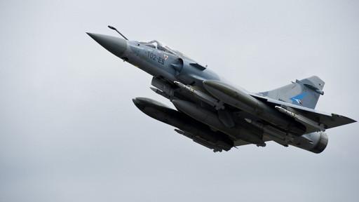 أنواع المقاتلات والصواريخ المستخدمة في الهجوم على ليبيا 110320122109_mirage2000_512x288_pa_nocredit