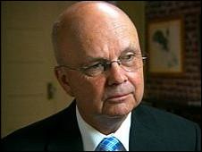 Michael Hayden, ex director de la CIA