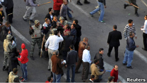 اشتباكات في التحرير