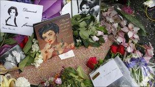 Cartas em homenagem a Elizabeth Taylor