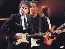 Bob Dylan biểu diễn ở New York hồi tháng Sáu năm 1999