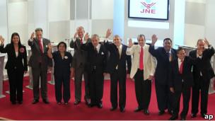 Candidatos a la presidencia de Perú en debate (foto archivo)