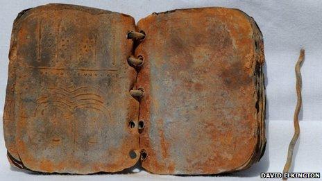 Libro encontrado en Jordania