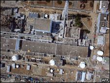 東京電力發放2011年3月24日利用無人飛行器拍攝的福島第一核電站俯瞰圖