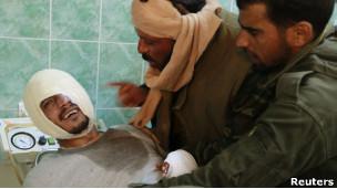 مخالفان مسلح لیبی زخمی در بیمارستان