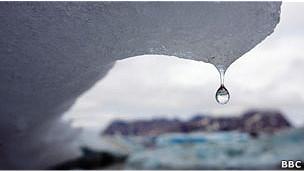 Derretimento de gelo no Ártico (BBC)