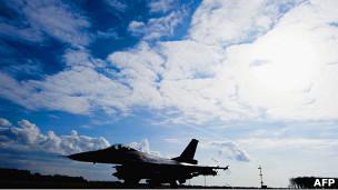 طائرة حربية تابعة للناتو
