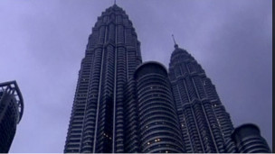 http://wscdn.bbc.co.uk/worldservice/assets/images/2011/04/16/110416042421_petronas_tower_304x171_bbc_nocredit.jpg
