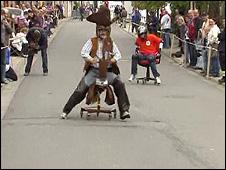 Corrida de cadeiras de escritórios na Alemanha