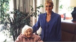 Erika Rosenberg con Emilie Schindler