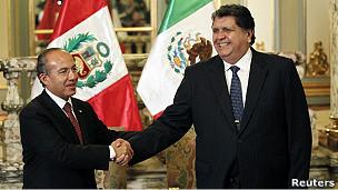 presidentes de méxico y perú reunidos en Lima