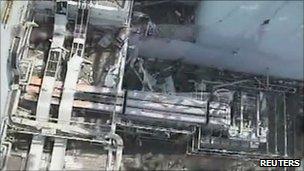 东京电力发放福岛第一核电站一号机组北侧的损毁情况航拍(21/4/2011)