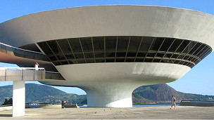 Museo de Arte Contemporáneo en Niteroi, Brasil