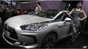 上海国际汽车展上的柴油汽车