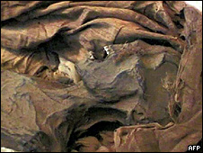 Múmia da princesa Ahmose-Meryet-Amon (foto: MICHAEL MIYAMOTO/AFP/Getty Images)