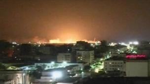 北约部队一直在轰炸卡扎菲的目标