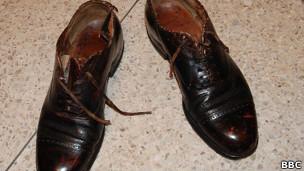 Zapatos utilizados por Antonio Imbert la noche que dio muerte a Rafael Leonidas Trujillo (Foto: Tim Mansel)