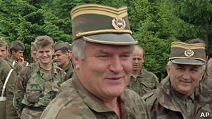 Ratko Mladic en diciembre de 1995