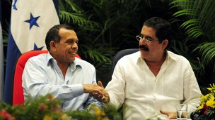 Porfirio Lobo y Manuel Zelaya