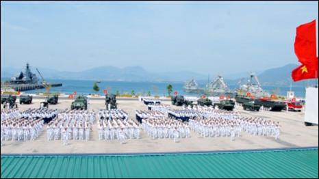 Diễn tập hải quân (ảnh của báo Quân đội Nhân dân)
