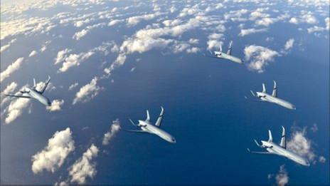 Aviones volando en formación
