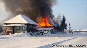 حرق القرى