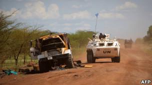 سيارة تابعة لمهمة الأمم المتحدة في السودان