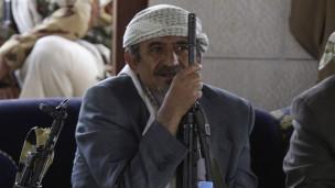 الشيخ صادق الأحمر