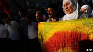 متظاهرون أكراد في إسطنبول (22/06/11)