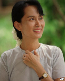 Lãnh tụ đối lập Miến Điện, bà San Suu Kyi