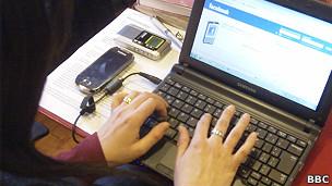 Usuária de Facebook